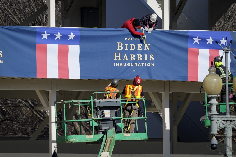 Contractors preparing signage for Biden's inauguration.